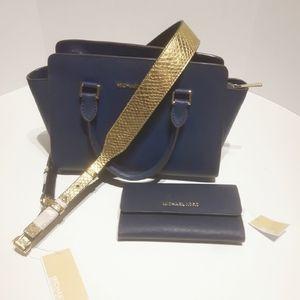 Michael Kors Mini Selma Hangbag & Wallet